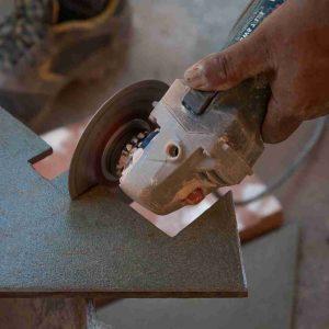 Les outils nécessaires pour réaliser des travaux de carrelage